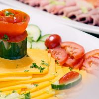 tomato-and-cheese-platter1